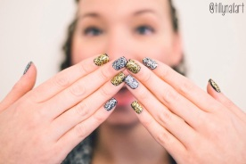 Sparkly Glitter Placement Nails