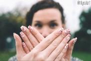 Festive Floral Nails