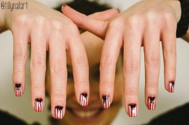 Stripes and Bows Nails
