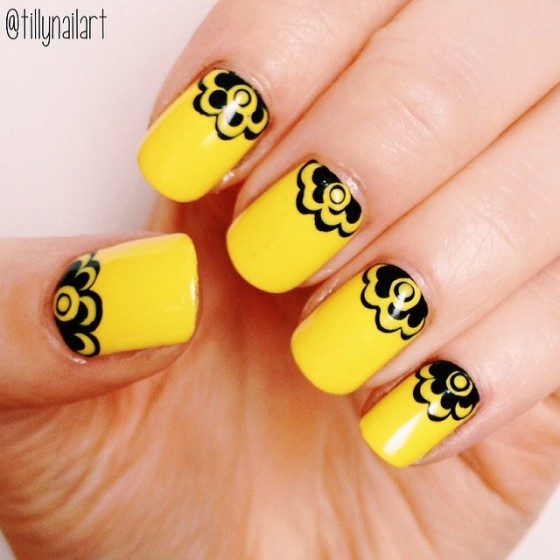 Yellow crowned nails