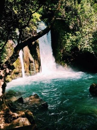 Waterfall hermon 2.