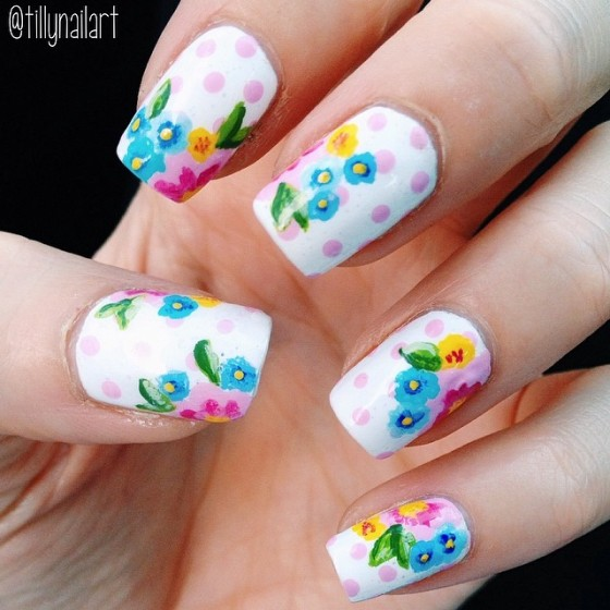 Floral Polka Dot Nails